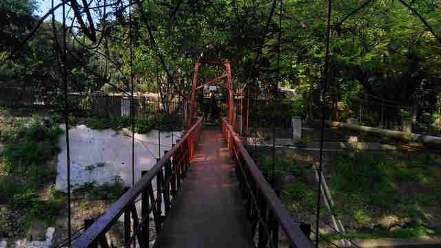 Jembatan Pemutus Cinta - The Broken Heart Bridge