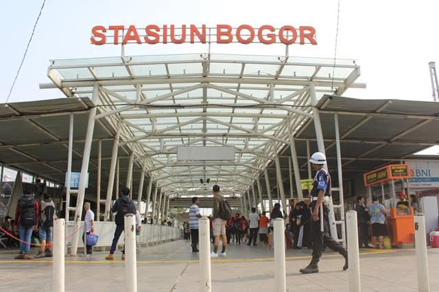 Pintu Masuk Stasiun Bogor