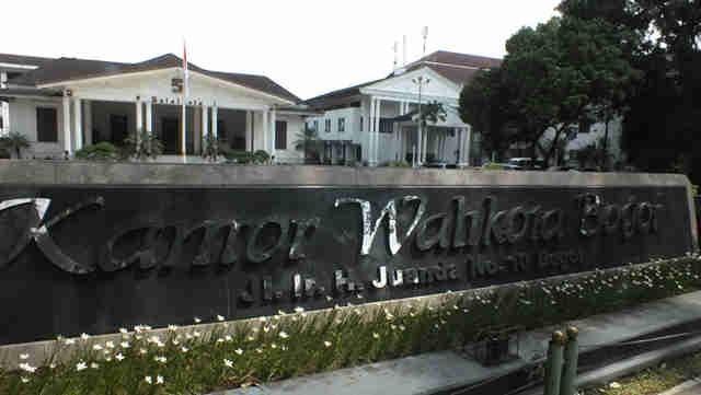"""Balai Kota Bogor – """"Klub Sosialita"""" Masa Lalu"""