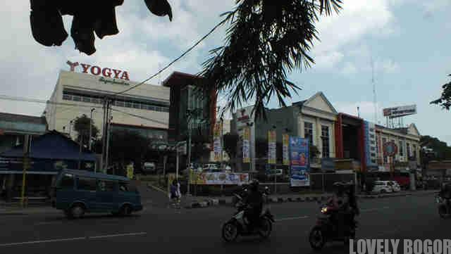 Pusat Perbelanjaan Modern di Kota Bogor