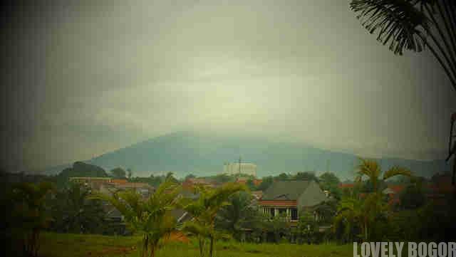 Gunung Salak : Tua Dan Penuh Misteri