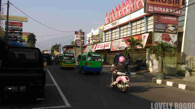Jalan Mayor Oking
