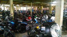 Parkir Motor di Stasiun Cilebut – Dua Jenis Lho!