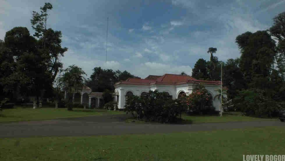 Kebun Raya Bogor - The Melchior / Wisma Tamu Nusa Indah