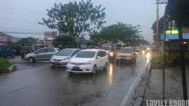 Mobil Plat F Dilarang Masuk Jakarta? Pusing Sendiri!