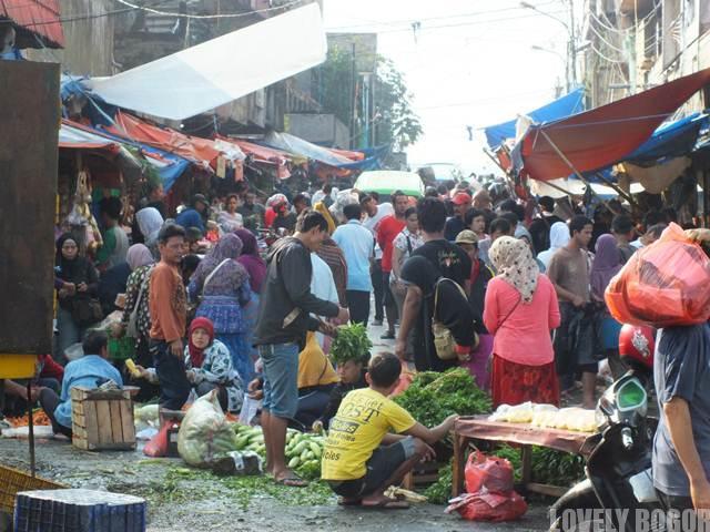 Pasar Lawang Seketeng