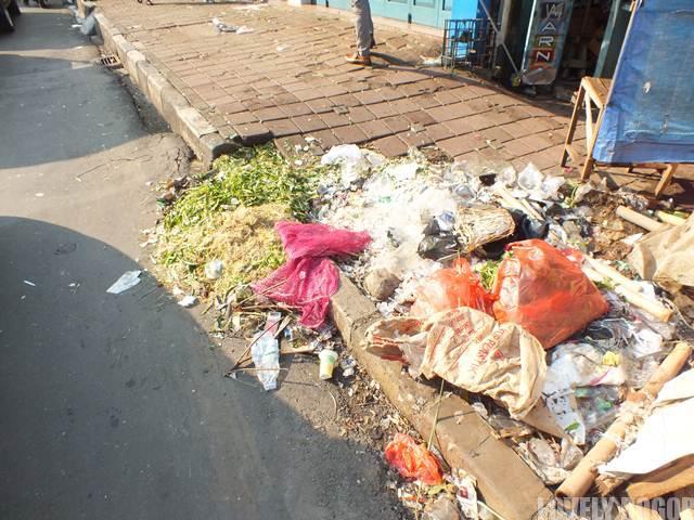 Sampah di Jalan Suryakencana Bogor