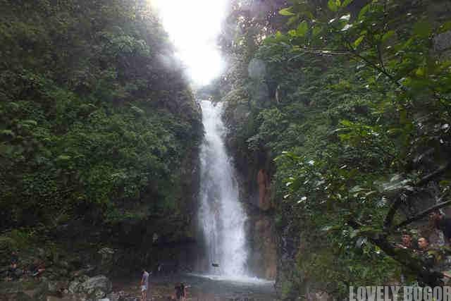 The beauty of Cigamea Waterfalls,Bogor