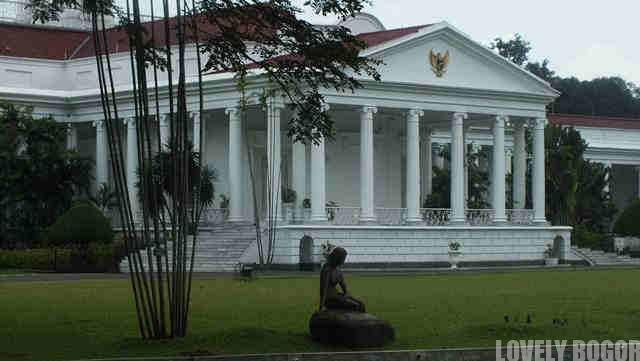 Istana Bogor Dan Little Mermaid