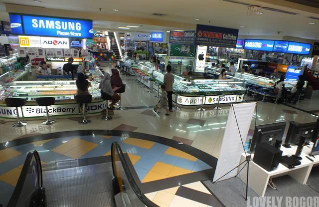 Pusat Handphone di Mall BTM