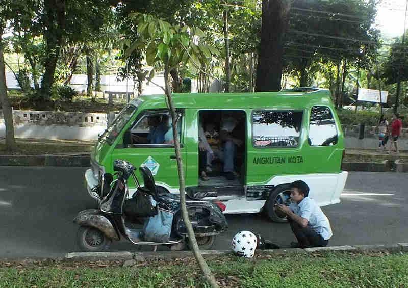 Penggemar Vespa Di Bogor