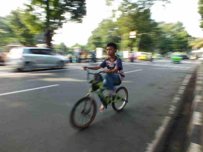 Perlukah Membuat Jalur Khusus Sepeda Di Bogor?