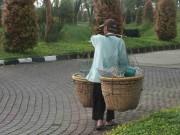 Memotret Orang Kecil Untuk Menggambarkan Kehidupan Di Bogor
