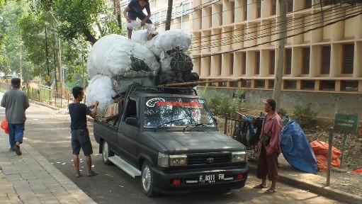 Overloaded pick up in Bogor