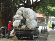 Overloaded Pick Up In Bogor