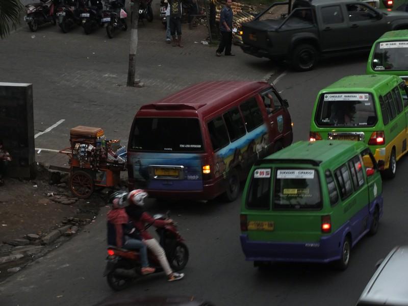 Angkutan L-300 Jurusan Bogor Sukabumi