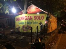 Angkringan Solo Lestari – Lesehan Wong Cilik