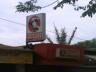 Ada Chicago Fried Chicken di Cilebut