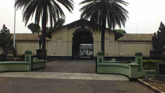 Monumen Dan Museum