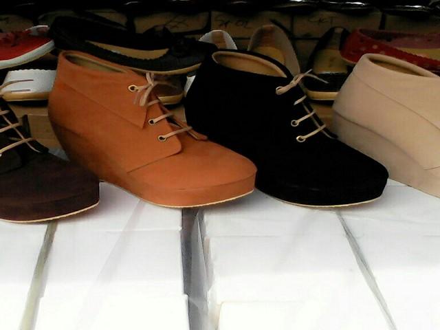toko grosir sepatu di bogor