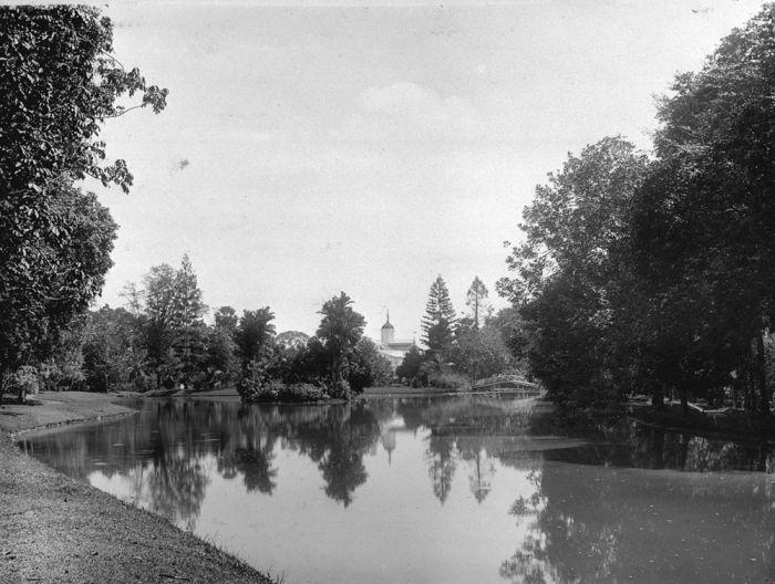 Istana Bogor Dulu dan Sekarang
