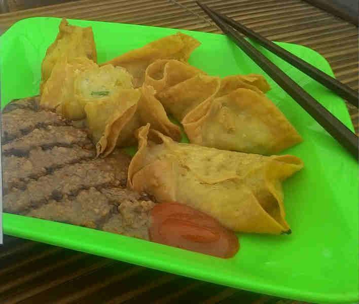 batagor saus kacang Batagor Gordon Gerobak Dorong