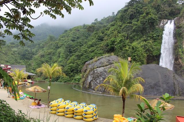 kawasan wisata curug bidadari atau air terjun bojong koneng