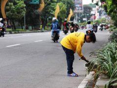 Mari Bantu Tugas Petugas Kebersihan Menjalankan Tugasnya 3