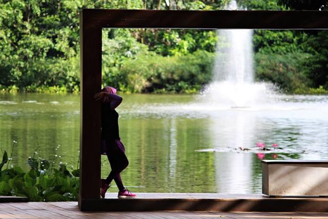 pigura raksasa di Kebun raya Bogor 3