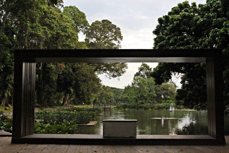 Pigura Raksasa di Kebun Raya Bogor