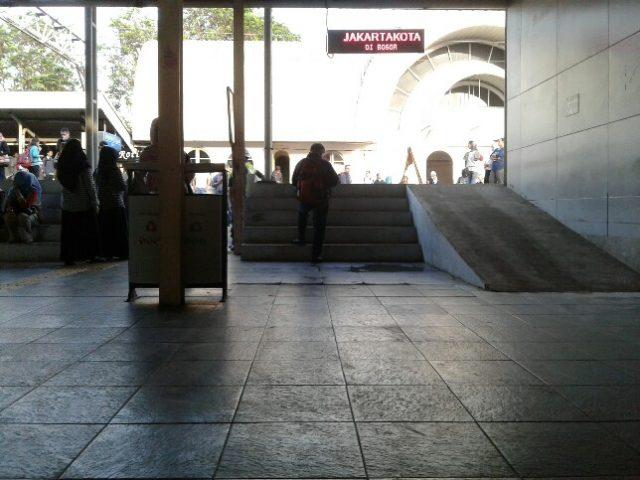 Stasiun Cilebut Ramah Penyandang Disabilitas