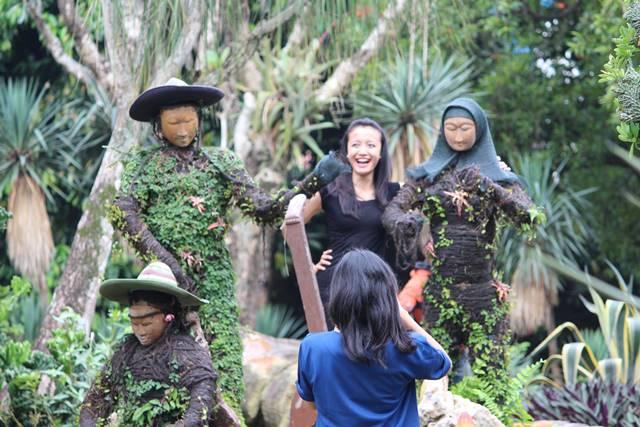 Patung Pemain Musik di Taman Meksiko Kebun Raya Bogor 2
