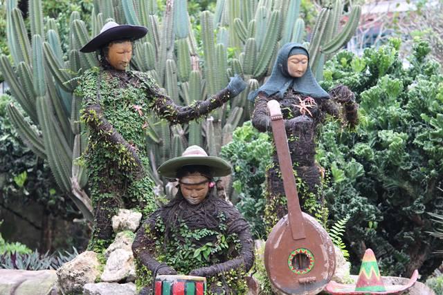 Patung Pemain Musik di Taman Meksiko, Kebun Raya Bogor (Ternyata) Berubah