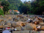 Pemandangan Kali Ciliwung di Kala Air Surut - Sempur Lebak Kantin 2
