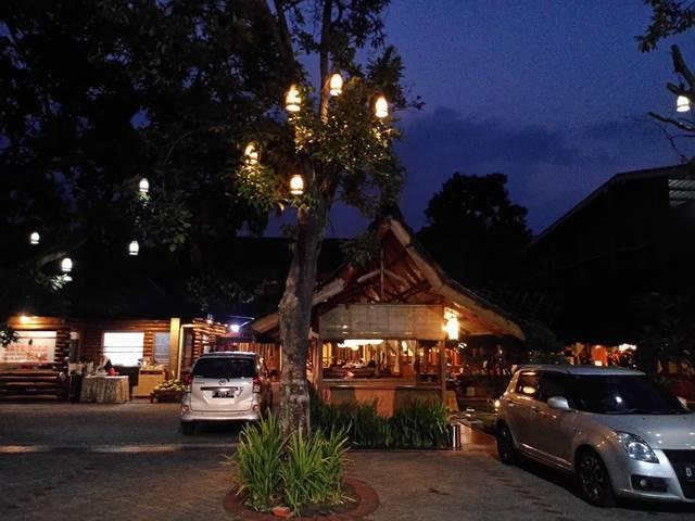 Rumah Makan Cak Koes di Jalan Merak Bogor 6