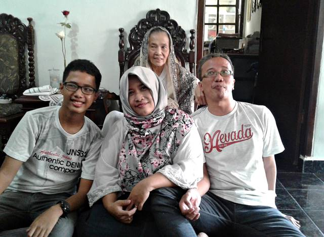 Lovely Bogor Kehilangan Salah Satu Pembaca Setia-nya