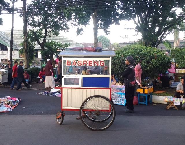 baso non mangkok Bogor - Basreng Baso Goreng
