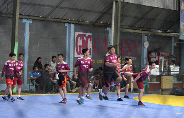 Pemanasan itu penting dalam handball