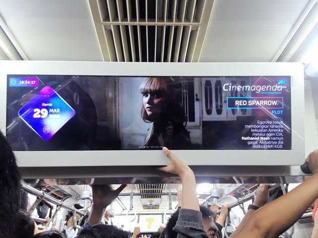 cinemagenda membuat penumpang Commuter Line Tetap Update Dengan Film Terbaru B
