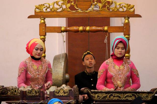 degung sundanese traditional musical arts C
