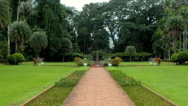 Taman Teijsmann Yang Menyejukkan Dari Berbagai Sudut K