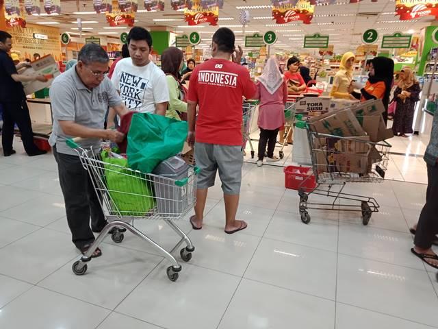 Hari Pertama Larangan Pemakaian Kantong Plastik di Kota Bogor 6
