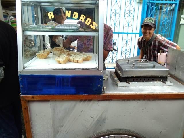 Kue Bandros - Jajanan Tradisional Yang Sering Menimbulkan Perdebatan