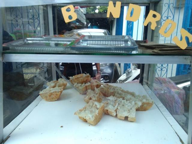 Kue Bandros : Jajanan Tradisional Yang Sering Menimbulkan Perdebatan
