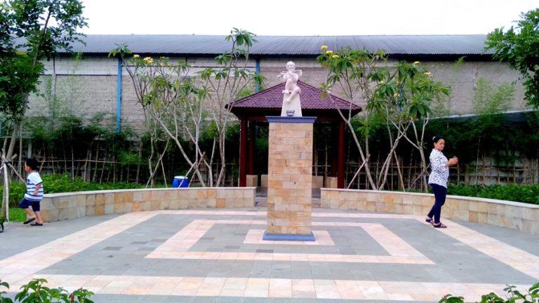 Taman Kecil Cantik Di Cluster Viola Vila Bogor Indah 6