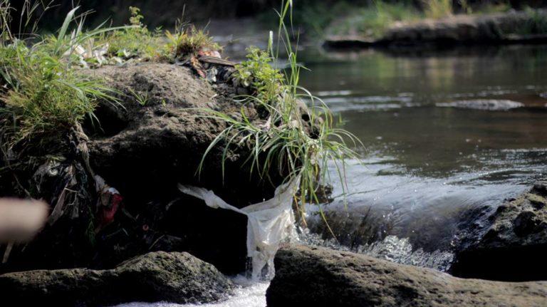 Lagi, Gunung Sampah Ditemukan Di Pinggir Sungai Bogor