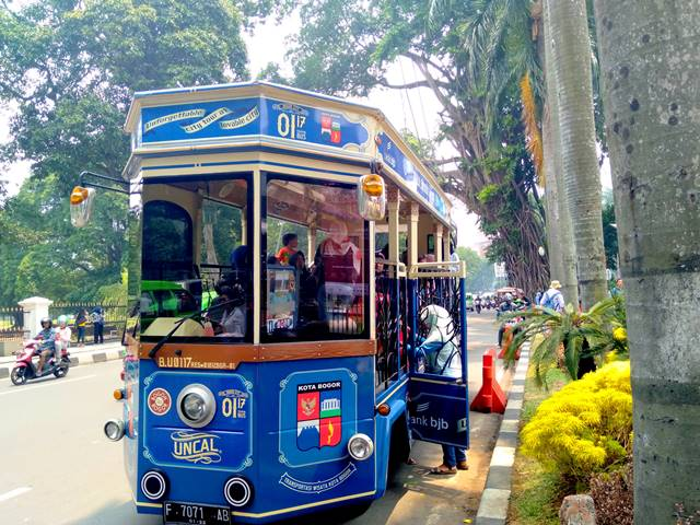 Free Tour With Uncal Bus You Should Try