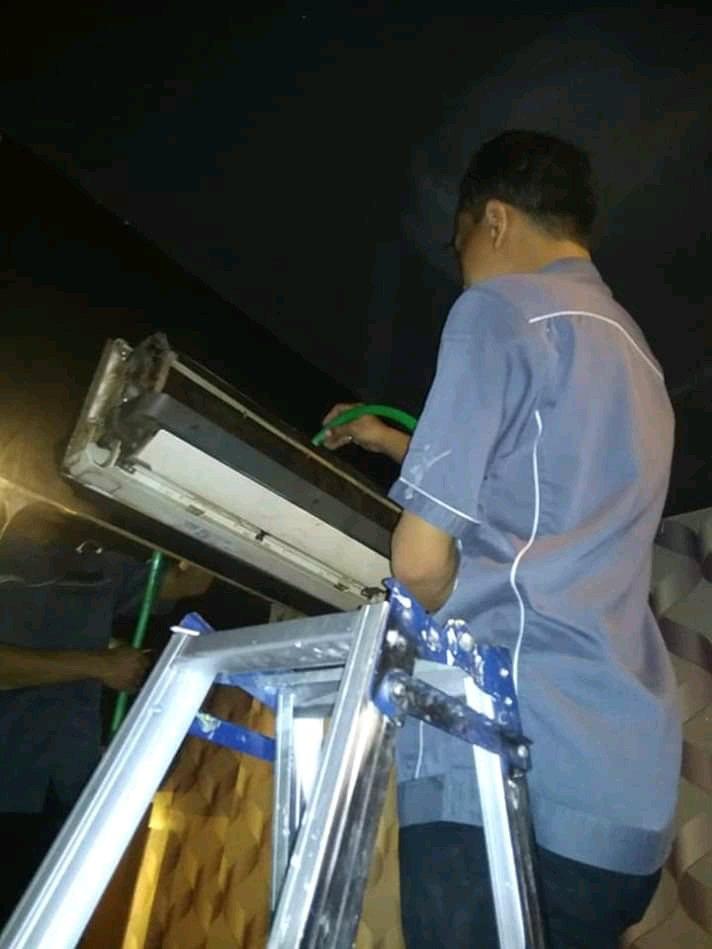Jasa Service Perawatan AC - Mang Lehman, Cilebut