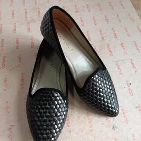 Jual Sepatu Dan Sandal Yongki Komaladi (18)