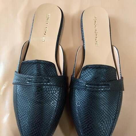 Jual Sepatu Dan Sandal Yongki Komaladi (20)